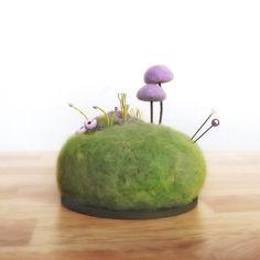 Lila Pilz Szene  Pin Cushion Miniatur Natur von FoxtailCreekStudio