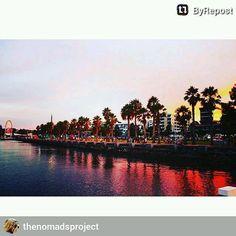 #ByRepost Geelong Waterfront #easternbeach #geelong #australia #summer #travel #tourist #travelgram #melbourne #beach #bay #view #reflections #sunset by macedonio04 http://ift.tt/1JtS0vo