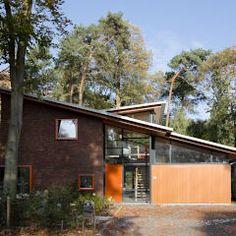 Casas de estilo moderno por Cita architecten