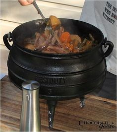 Mixed Mutton Potjie Cast Iron Pot, One Pot Meals, Recipies, Cooking, Food, Recipes, Kitchen, Eten, Meals