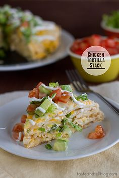 Looks really nice in the photo , but it's hard to eat and not very tasty at all. Chicken Tortilla Stack - With layers of flavor, this easy to assemble Chicken Tortilla Stack is great for a weeknight meal, or even for company. I Love Food, Good Food, Yummy Food, Healthy Food, Mexican Dishes, Mexican Food Recipes, Mexican Meals, Drink Recipes, Bon Appetit Bien Sur