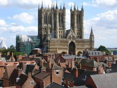 lincoln cathedral http://www.ukcitytrip.com/images2/Lincoln-Cathedral.jpg