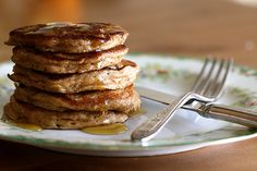 Oatmeal cookie pancakes - super delicious!!