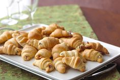 Few things are better than when bacon and cheese meet with buttery bread and have a party. These easy Bacon and Cream Cheese Crescent Rolls come together in a flash and only require three ingredients. Kraft Foods, Kraft Recipes, Bacon Appetizers, Appetizers For Party, Appetizer Recipes, Dessert Recipes, Delicious Appetizers, Trifle Desserts, Yummy Food