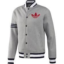 A classic style gets a refresh in the adidas Originals Superstar Fleece Remix Jacket. With a cozy fleece build and a flock-print Trefoil on the chest, this men's jacket updates an icon with contemporary flair. Adidas Jacket Mens, Fashion Wear, Mens Fashion, Adidas Outfit, Mode Vintage, Jean Shirts, Sportswear, Cool Outfits, Nike Workout Clothes