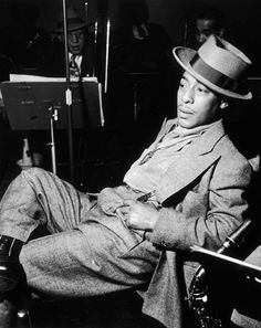 Johnny Hodges looking dapper as hell