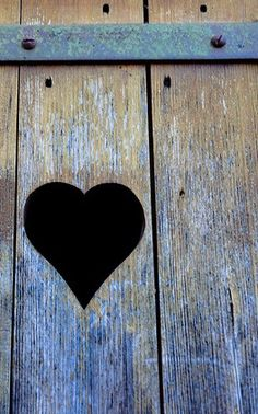 I just love this pic, it has such a simple rustic, primitive look. I Love Heart, With All My Heart, Key To My Heart, Jar Of Hearts, Sweet Hearts, Little Bit Of Love, Follow Your Heart, All You Need Is Love, Blue Brown