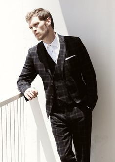 Joseph Morgan in Bello Magazine, October 2013