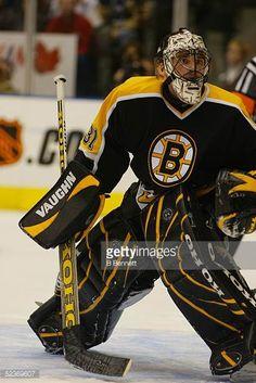 Ice Hockey Teams, Hockey Players, Boston Bruins Goalies, Boston Sports, Field Hockey, Nhl, Sweet, Vintage, Black