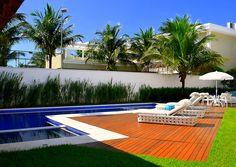 linda-piscina-em-casa