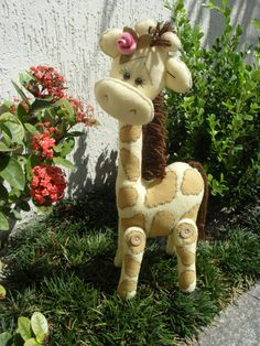 Girafinha......(omGEE! this giraffe is soooooo KAYUTE!!!).....