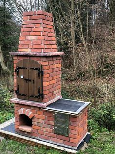 Brick Oven Outdoor, Outdoor Kitchen Plans, Outdoor Stove, Backyard Kitchen, Fire Pit Backyard, Outdoor Kitchen Design, Outdoor Fire, Smoke House Diy, Outside Fire Pits
