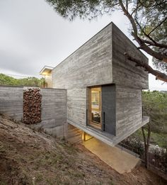 Mediterrani 32, built in Sant Pol de Mar, Barcelona. Designed by Isern Architects