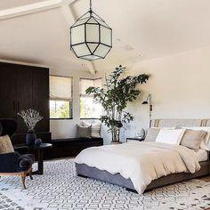 Master Bedroom for a California beach house #DISCinteriors  #interiordesign #masterbedroom #moderntextures #photo by @sunsetphoto #CaliforniaModern