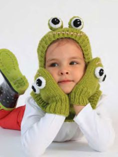 """This Funky Frog Hat And Mittens knit with our Jiffy yarn is perfect for kids who are always """"hopping"""" around."""