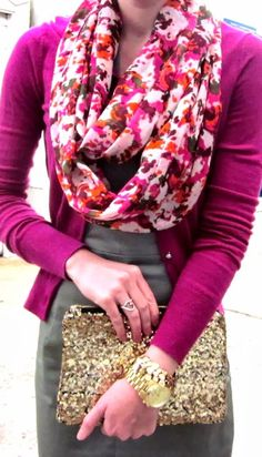 Take a look at the best spring outfits with a floral scarf in the photos below and get ideas for your own amazing outfits!!! I like the color of the blouse with the flower scarf, the chunky jewelry and the… Continue Reading →