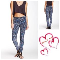 """Free People Tapestry Skinny 25  NEW WITH TAGS  FREE PEOPLE Skinny Print Cord Pants Hi Rise Jeans  A super soft cord-like & stretch-to-fit fabric  5-pocket style w/button & zip closure & belt loops.  Allover tapestry print in jewel & blue tones. Inseam is about 29"""" & front rise is about 9"""" for size 25"""".  Fabric: Cotton & spandex blend  No Trades ✅ Fair Offers Considered*✅ *Please use the blue 'offer' button to submit an offer. Free People Jeans Skinny"""