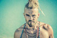 Xavier Rudd Xavier Rudd, Dream Guy, Reggae, Turquoise Necklace, Portrait, Art Ideas, Jewelry, Concept, Singers