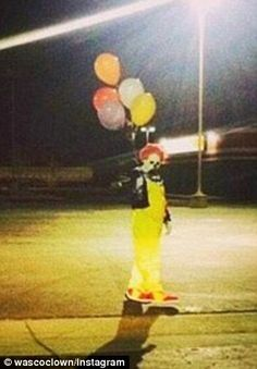 The best part of October, new creepy clowns!  The wasco clown 2014...