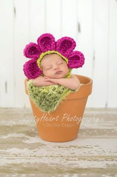 Crocheted Flower Bonnet photography prop by This -n- That Boutique