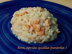 Vi piace il salmone affumicato e volete provarlo in una ricetta che non implichi la solita pasta? E' il momento di provare il risotto al salmone :)