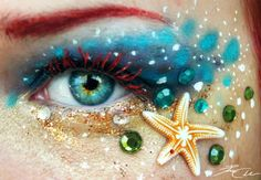 Make-up art has really paced up over these years, like the body painting art and lip art. And today we will show us some amazing eye make-up from German artist Mermaid Eyes, Mermaid Makeup, Peacock Makeup, Mermaid Mermaid, Mermaid Scales, Make Up Art, Eye Make Up, Make Up Yeux, Boutique Parfum