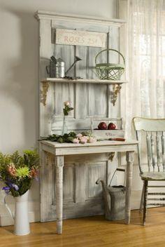 Oude deur en tafeltje, leuk voor in de hal!