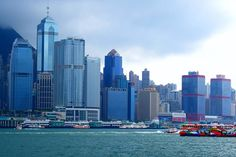Hongkong... piękno i nowoczesność. Niestety bardzo drogie miasto porównywalnie z Nowym Yorkie w USA.
