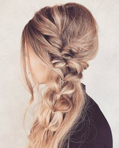 See this Instagram photo by @taylor_lamb_hair • 531 likes
