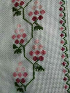 This Pin was discovered by Bày Cute Cross Stitch, Cross Stitch Borders, Cross Stitch Flowers, Cross Stitching, Cross Stitch Embroidery, Hand Embroidery, Cross Designs, Cross Stitch Designs, Cross Stitch Patterns