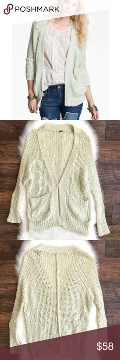 "Free People Oh La La Chunky Knit Cardigan Green Bust: 22""    (Armpit to Armpit) Length: 27""  2 front pockets; Hook and eye closure; Oversized fit  ***Please note that the size tag has been cut off, most likely the size is between a Small or Medium, but please go based off the measurements***  Condition: No Rips; No Stains  Material tag was cut off   📦Orders are shipped within 24hrs! {Except weekends}📦  🚫No Trades🚫No Holds🚫 Free People Sweaters Cardigans"