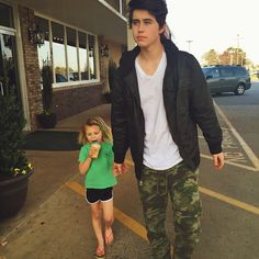 Imagine going out for ice cream with your boyfriend Nash and his little sister Skylnn