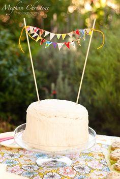 cute bunting cake