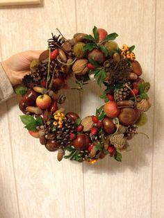 Autumn Wreaths, Christmas Wreaths, Christmas Decorations, Xmas, Seasonal Decor, Fall Decor, Holiday Decor, Creative Crafts, Diy And Crafts