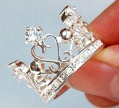 I love crown jewelry