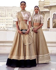 Searching for the best quality Designer Saree and things like Classic Saree plus Bollywood sari in which case Click visit link above for more details Indian Bridal Fashion, Indian Wedding Outfits, Indian Outfits, Indian Attire, Indian Wear, India Fashion, Asian Fashion, Sabyasachi, Lehenga