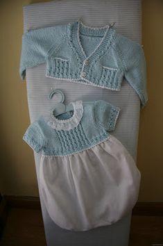 Teresalanas: Cuerpos punto by arlene Baby Knitting Patterns, Knitting For Kids, Baby Patterns, Baby Vest, Baby Cardigan, Crochet Baby Pants, Bebe Baby, Baby Sweaters, Baby Wearing