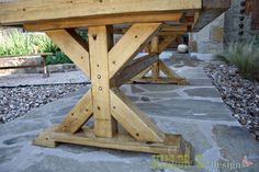 Comment construire une table Chunky X Farmhouse Tressel Dining Table, Diy Dining Table, Outdoor Dining Furniture, Farmhouse Furniture, Furniture Plans, Country Furniture, Furniture Design, Salon Furniture, Lounge Furniture