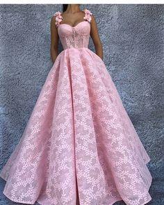 Usaria sim ou não meninas? ❤❤ . . . . . #delicadeza #luxury #inlove #hairstyle #inspiration #noiva #bride #bridal #grooms #wedding #bridezillas #decor #weddingplanner #love #photography #photographer #photoshop #marriage #honeymoon #color #teambride #casamento #luxo #l4l #sonhocasamento #bomdia #wedding #dress #dresses #vestidodenoiva