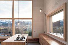 Hier wird gekocht: Koch-Insel mit Rundum-Blick  | Georg Bechter Architektur+Design ©Adolf Bereuter, Dornbirn