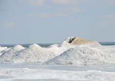 Ice Volcanoes at Presqu'ile Provincial Park (Photo Credit: Chelsea McPherson) All About Canada, Park Photos, Volcanoes, Brighton, Photo Credit, Ontario, Mount Everest, Attraction, Skiing
