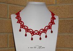 Collana rossa pizzo chiacchierino, red lace necklace tatting, frivolite bijoux, tatting necklace, per lei, regalo di Natale, made in Italy
