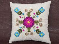Descubre esta hermosa colección de cojines decorativos para sofás con bordado Ayacuchano. Somos productores.