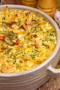 Easy to make Italian flavored chicken casserole (Italian Chicken) Italian Chicken Casserole, Chicken Soup Recipes, Pasta Recipes, Chicken Meals, Rotisserie Chicken, Chicken Cassarole, Cheesey Chicken, Chicken Lasagna, Broccoli Chicken