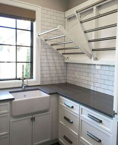 Gorgeous 70 Modern Farmhouse Laundry Room Decor Ideas https://homemainly.com/2649/70-modern-farmhouse-laundry-room-decor-ideas