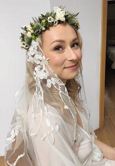 #bridal #makeup #wedding #bridalhair #weddinghairstyles Bridal Makeup, Bridal Hair, Lace Wedding, Wedding Dresses, Veronica, Wedding Hairstyles, Fashion, Bride Dresses, Moda