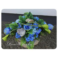 Grave Decorations, Christmas Decorations, Funeral, Floral Arrangements, Succulents, November, Wreaths, Flowers, Plants