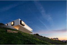 Villa Escarpa   Mario Martins Atelier