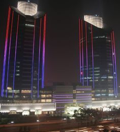 Color Kinetics Showcase LG Towers