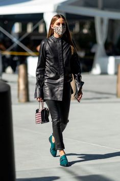 Olivia Palermo Lookbook, Olivia Palermo Style, Out Of Style, What To Wear, Celebrity Style, Street Style, Urban Taste, Street Style Fashion, Street Chic